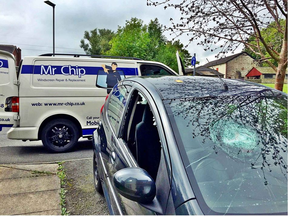 windscreen repair and replacement in Blackpool, Lancaster and Preston